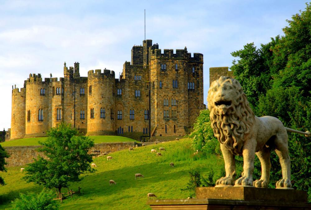 alnwick_castle (2).jpg
