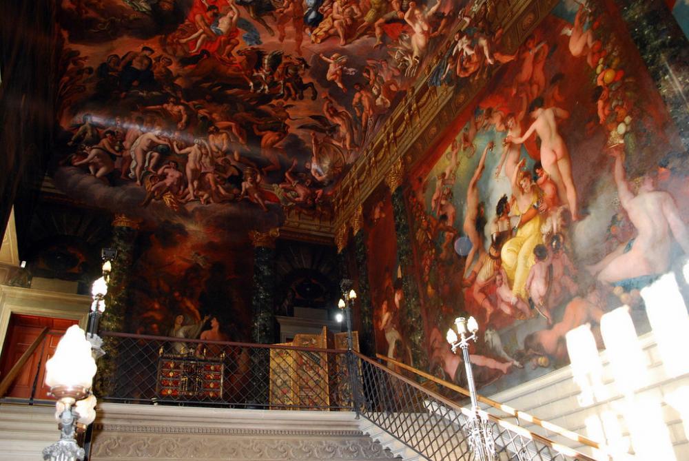 Burghley House (5).jpg