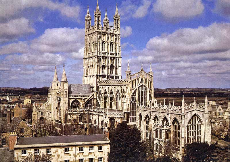 Gloucester Cathedral (2).jpg