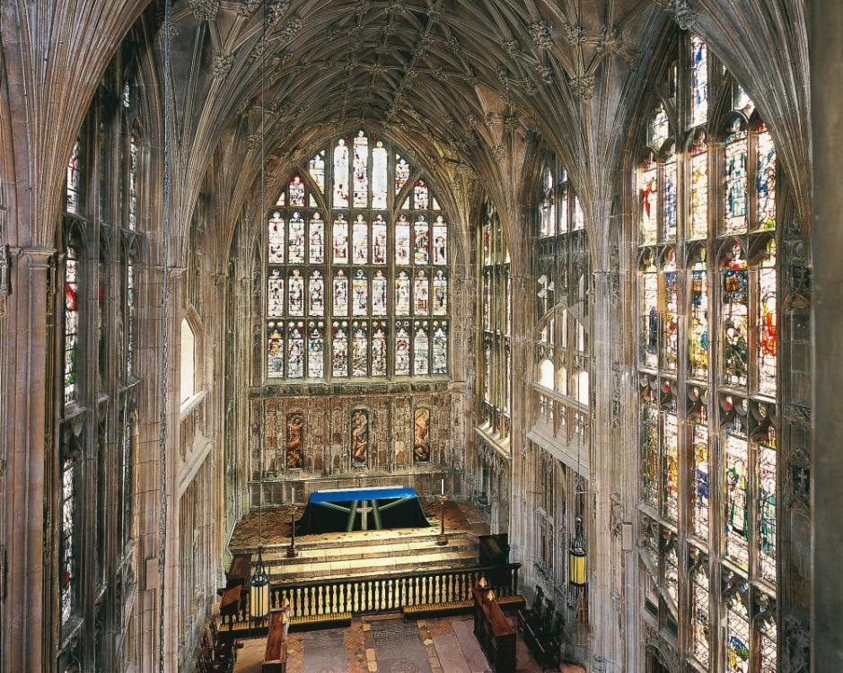 Gloucester Cathedral (4).jpg