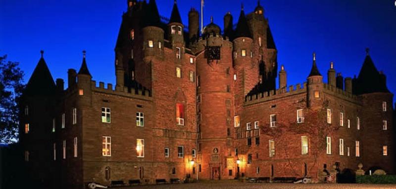Glamis Castle (5).jpg