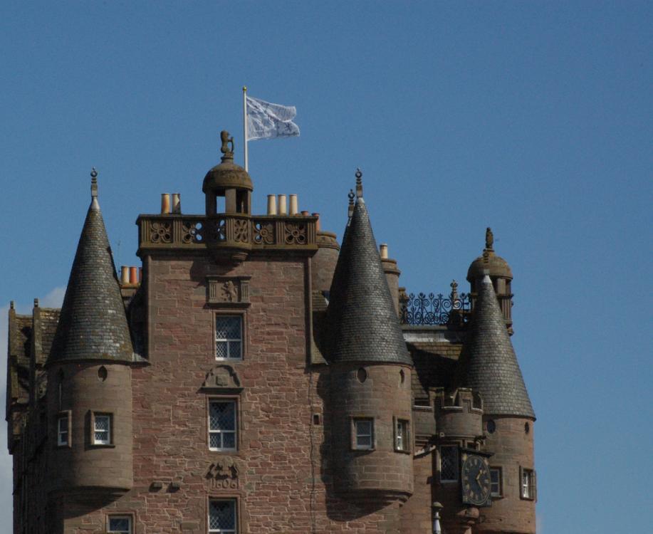Glamis Castle (3).jpg