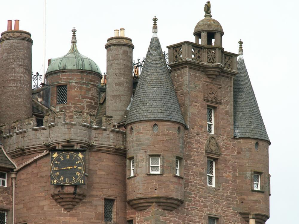 Glamis Castle.jpg