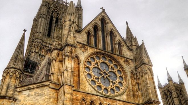 Lincoln Cathedral (9).jpg