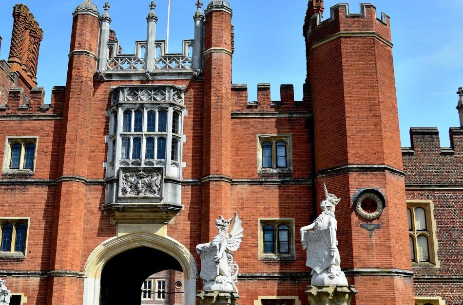 Hampton Court (6).jpg