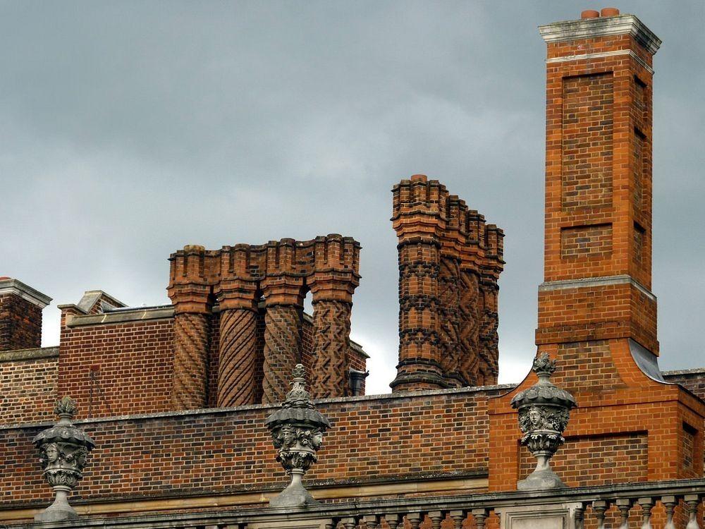 Hampton Court (8).jpg