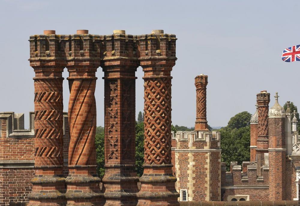 Hampton Court (2).jpeg