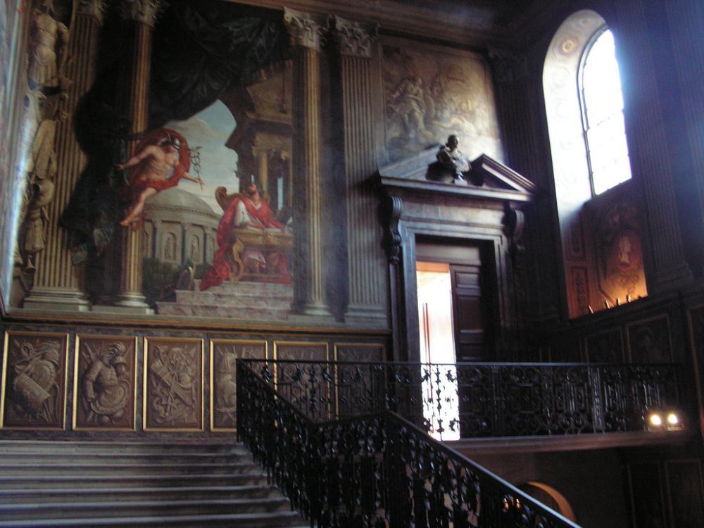 Hampton Court (11).jpg