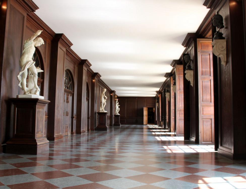 Hampton Court (10).jpg