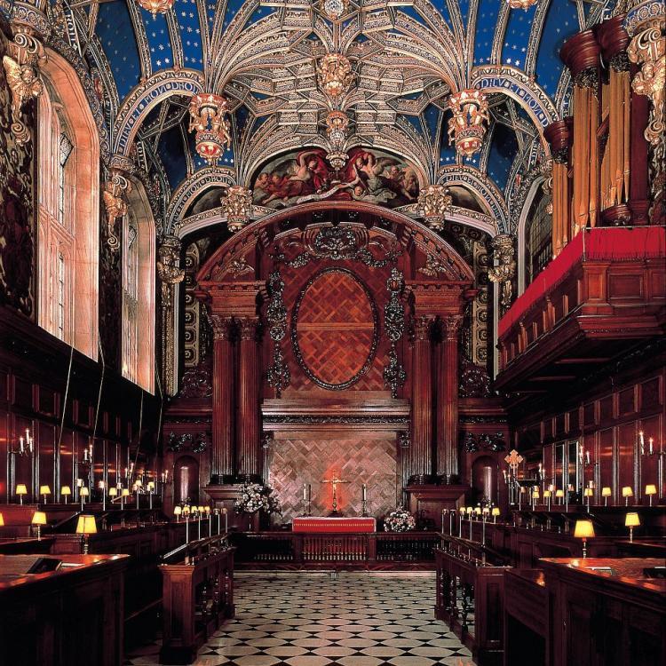Hampton Court (12).jpg