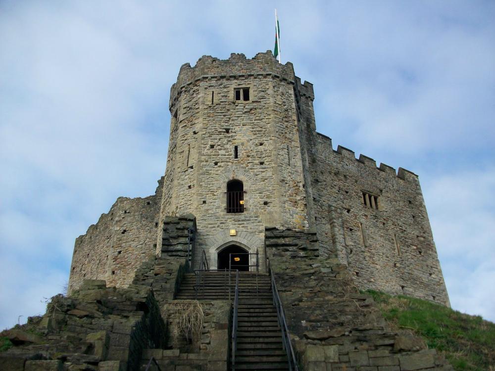 Cardiff-Castle-13.jpg
