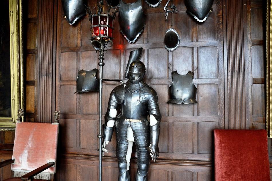 armour-at-hatfield-house.jpg
