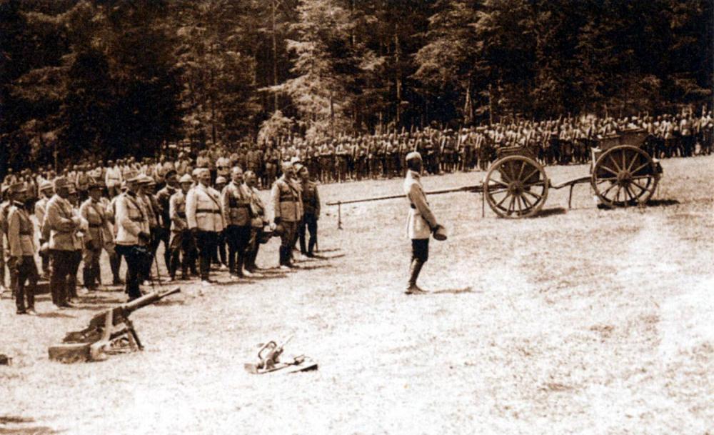 (15стр.) Румънски войски на фронта при р. Серет, 1917 г..jpg