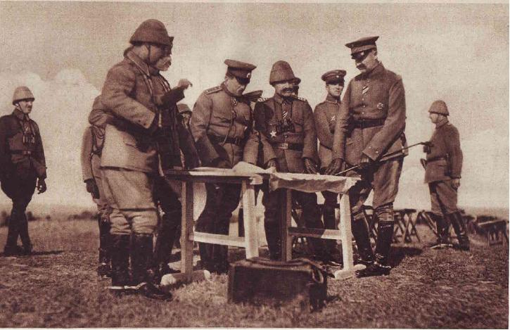 General_Toshev_and_Hilmi_Pasha.jpg