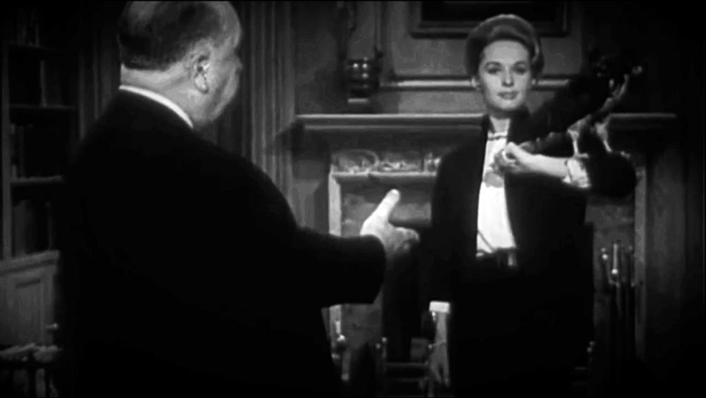 5aae57a3f3fe1_Tippi_Hedren_and_Alfred_Hitchcock_in_The_Birds_teaser.thumb.jpg.3d5c2bc2650ba3e1004d640780742c3e.jpg