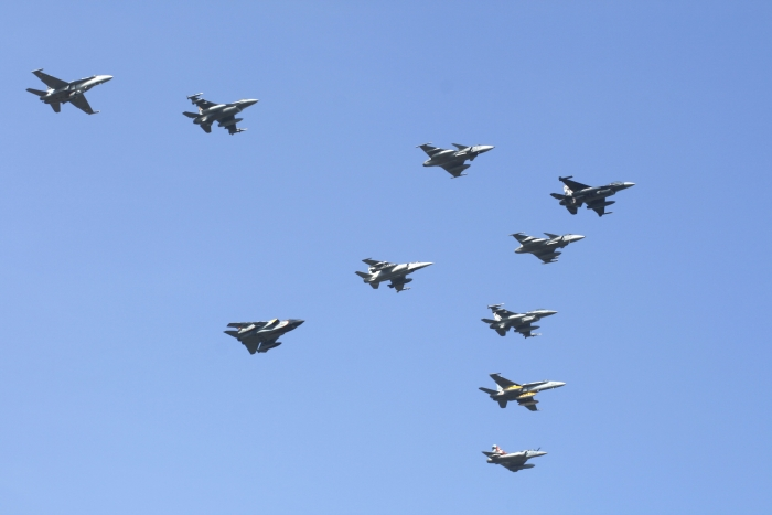 NATO.jpg.b431cee496be09260a2b3e789f9045ae.jpg