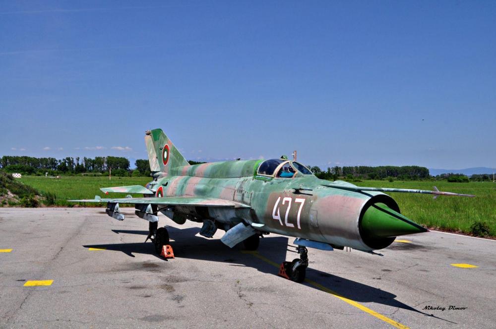 MiG-21bis_427_6_pe.jpg